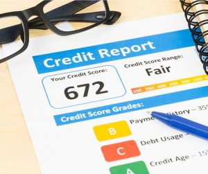 fair-credit-score-report-with-pen-picture-id1032041372